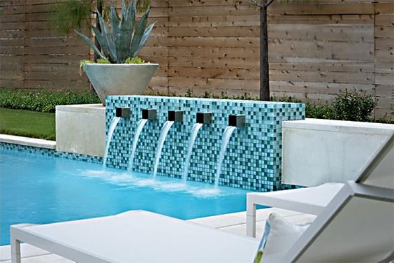 how to build a pool water feature